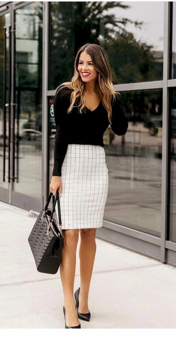 Stunning Formal Outfits For Working Women