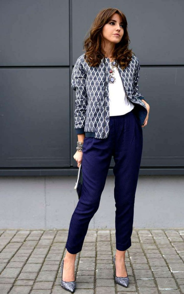 Casual Bomber Jacket Outfits For Women
